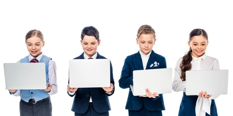 children with laptops for how to start an online business as a kids
